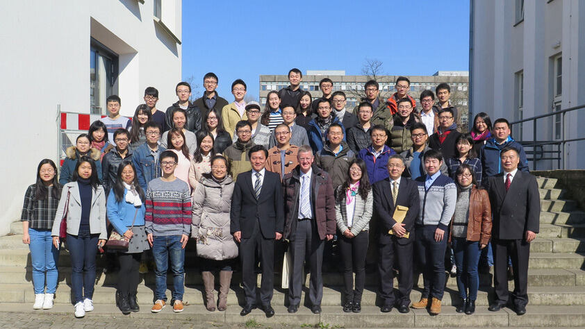 Group photo with the Chinese consul general